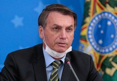 Bolsonaro anunció que emitirá un decreto que pondrá punto final al confinamiento y que ningún tribunal podrá impugnar
