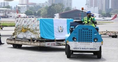 La Nación / Guatemala recibe 50.000 vacunas rusas a solo un mes de la compra