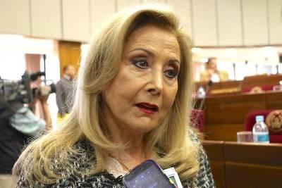 Senado aprueba renuncia de Mirta Gusinky