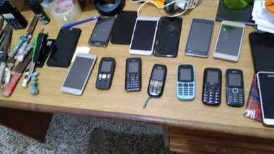 Incautan 16 celulares en penitenciaría de Concepción