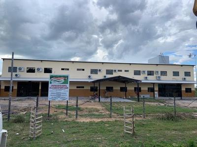 El Gobierno equipará el hospital de Puerto Casado, a través de la EBY