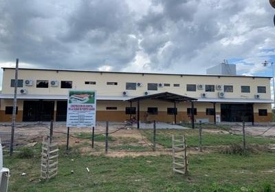 Anuncian equipamiento del hospital de Puerto Casado, a través de la EBY
