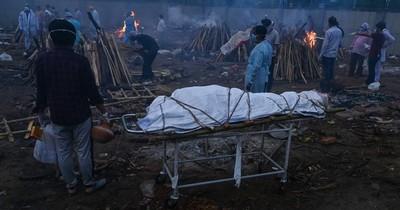 La Nación / Récords en India: 3.980 muertes y 412.262 casos en un día