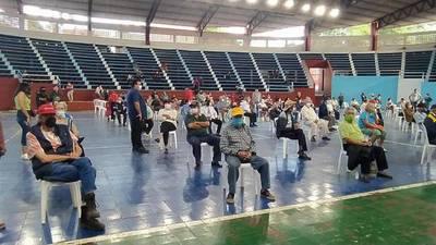Covid-19; en Villarrica ya se inmunizaron 600 abuelitos, además empiezan a aplicar segunda dosis – Prensa 5