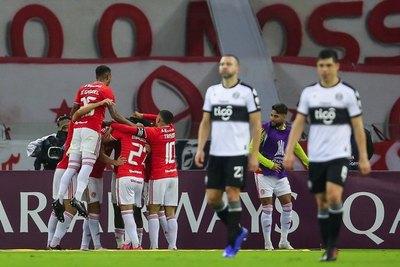 Versus / Olimpia solamente ganó 3 de sus últimos 22 partidos de visitante en Libertadores