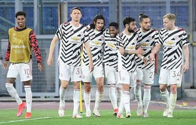 El United pasa a final pese a derrota en Roma