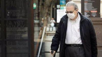 """Antivacunas halla tierra fértil entre abuelos: """"No se vacunan por malas informaciones"""""""