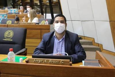 """Jorge Brítez afirma que fue """"sarcasmo"""" que presentaría un proyecto para legalizar el robo"""