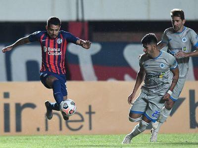 El 12 de Octubre empata y da la cara por el fútbol paraguayo
