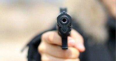 La Nación / Alumna de sexto grado dispara en una escuela y hiere a tres personas en EEUU