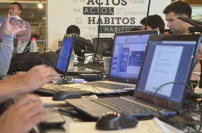 Desde este viernes el Ministerio de Trabajo inscribe a cursos para formación en áreas digitales