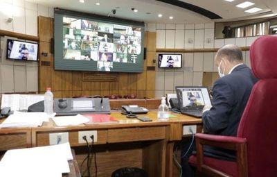 Senadores califican de neostronista y dictatorial el proyecto de Mario Abdo