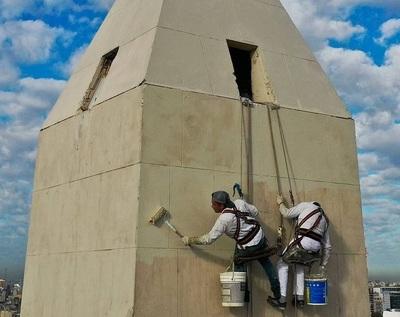 Paraguayos restauran el Obelisco en Buenos Aires
