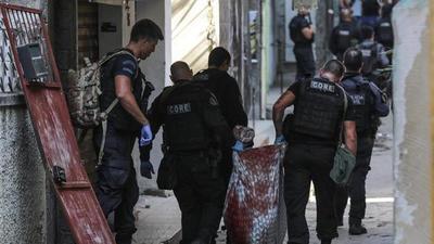 Río de Janeiro: Golpe al narcotráfico deja 25 muertos en una favela en un enfrentamiento con la Policía