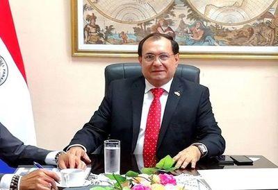 El polémico ex director de Puerto volvió a jurar como senador