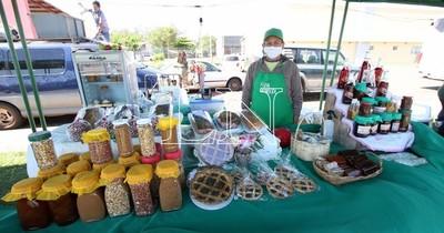 La Nación / Feria granjera ofrece productos caseros y agroecológicos en la Costanera de Asunción