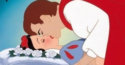 """Buscan que escena del beso de """"Blancanieves"""" sea eliminada por ser """"sin consentimiento"""""""