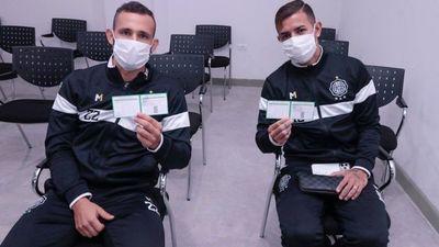 Franjeados reciben vacunas contra el Covid-19
