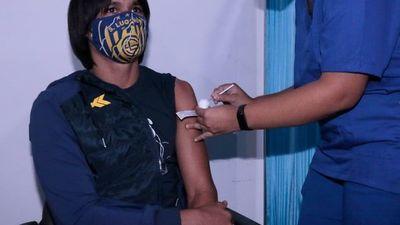 Comenzó la vacunación en el fútbol paraguayo