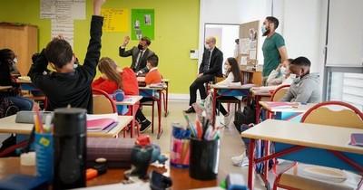 La Nación / Francia prohibió el lenguaje inclusivo en colegios