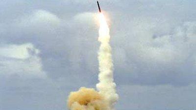 """Estados Unidos no planea """"por el momento"""" derribar el cohete chino fuera de control"""