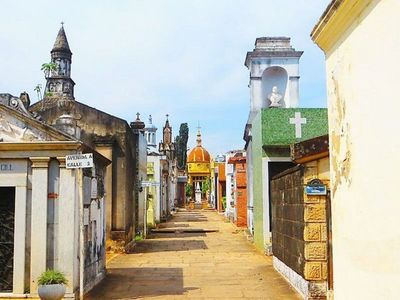 Los tres cementerios capitalinos permanecerán cerrados en el día de la madre, según informaron
