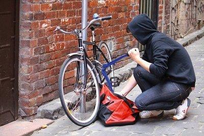 """Roban su bici, ladrón quiso venderla  vía redes, la víctima fue hasta él  y """"robó"""" a su ladrón"""