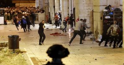 La Nación / Choques entre palestinos y policía israelí dejan 169 heridos