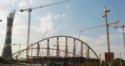 La Nación / Más de 6.500 trabajadores murieron durante la construcción de estadios en Qatar