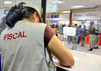 """¿Para """"frenar"""" la inflación? Ejecutivo venezolano hizo casi 1.500 ajustes de precios en abril"""