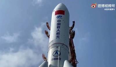 """""""A China no le importa donde caiga su cohete"""", critica instructor de astronomía"""
