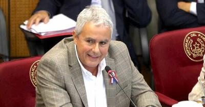 La Nación / Fidel Zavala, contra la idea de aumentar impuestos: despilfarran en bonificaciones
