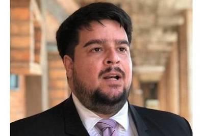Roque Silva anuncia que dejará de ser director de la XI Región Sanitaria tras polémicas declaraciones