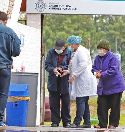El viernes cierra con 91 fallecidos y casi 2.700 nuevos contagios de covid-19