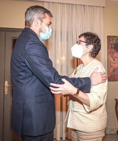 Abdo recibe a la ministra de Exteriores de España