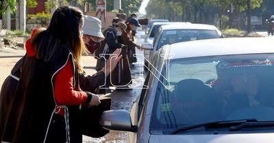La Nación / Se inició la bendición de vehículos por los hermanos capuchinos