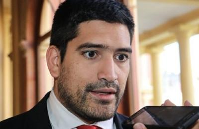 Secretario privado de Abdo y su vergonzoso show – Prensa 5