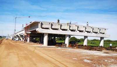 Obras en el Puente Héroes del Chaco avanzan con las fundaciones de los pilotes