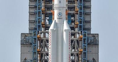 La Nación / El cohete chino se desintegró en el océano Índico