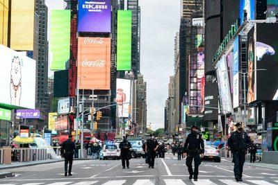 Balacera en Times Square deja tres heridos