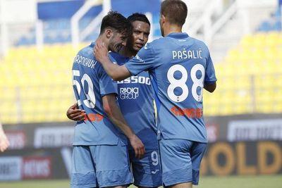 Atalanta golea al Parma con doblete de Muriel y se aferra a la segunda plaza