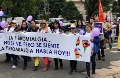 Invitan a una actividad por el Día Internacional de la Fibromialgia