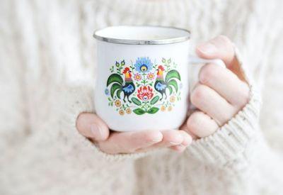 3 tés que te ayudarán a dormir y son buenos para el intestino