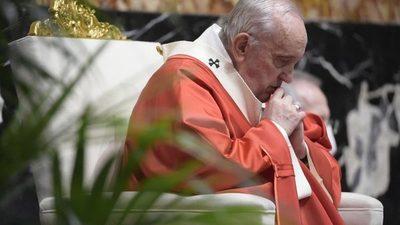 """Papa Francisco expresa """"preocupación"""" por la violencia en Colombia"""