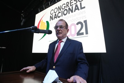 Empresarios ven que tomará al menos dos años recuperar la economía boliviana