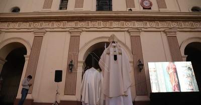 La Nación / Misa réquiem en la Catedral: invitan a dar homenaje a difuntos