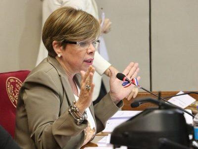 Ley del Ejecutivo se puede modificar para ser aplicable, afirma senadora · Radio Monumental 1080 AM