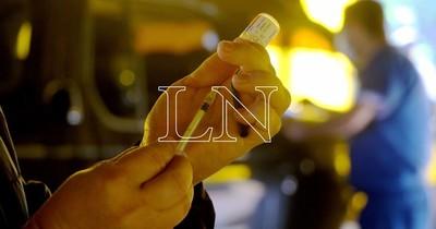 La Nación / Concurrencia en vacunatorio del IPS no es la esperada