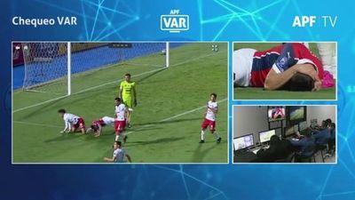Revelan audio del VAR de polémica jugada