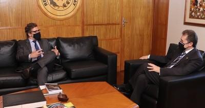 La Nación / Embajador de Uruguay insta al MIC a seguir con la integración dentro del Mercosur